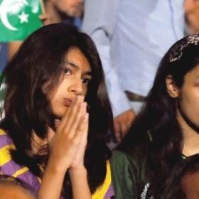 sad-pak-cricket-fans