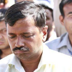kejriwal getting slapped