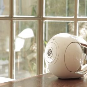 Devialet Phantom device