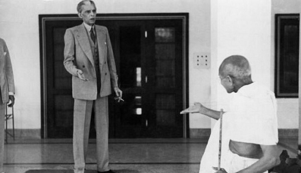 Mahatma_gandhi_and_Jinnah-696x401